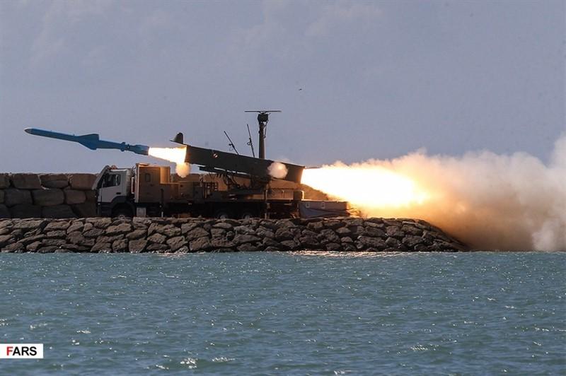 Иран пригрозил ударом по военным базам США в случае военной агрессии