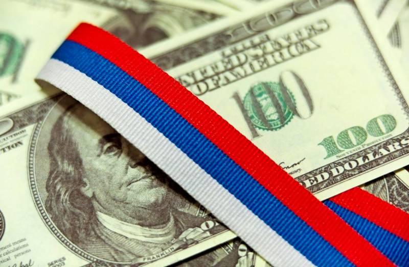 Устанавливается точное происхождение денег у бывшего борца с преступностью Захарченко