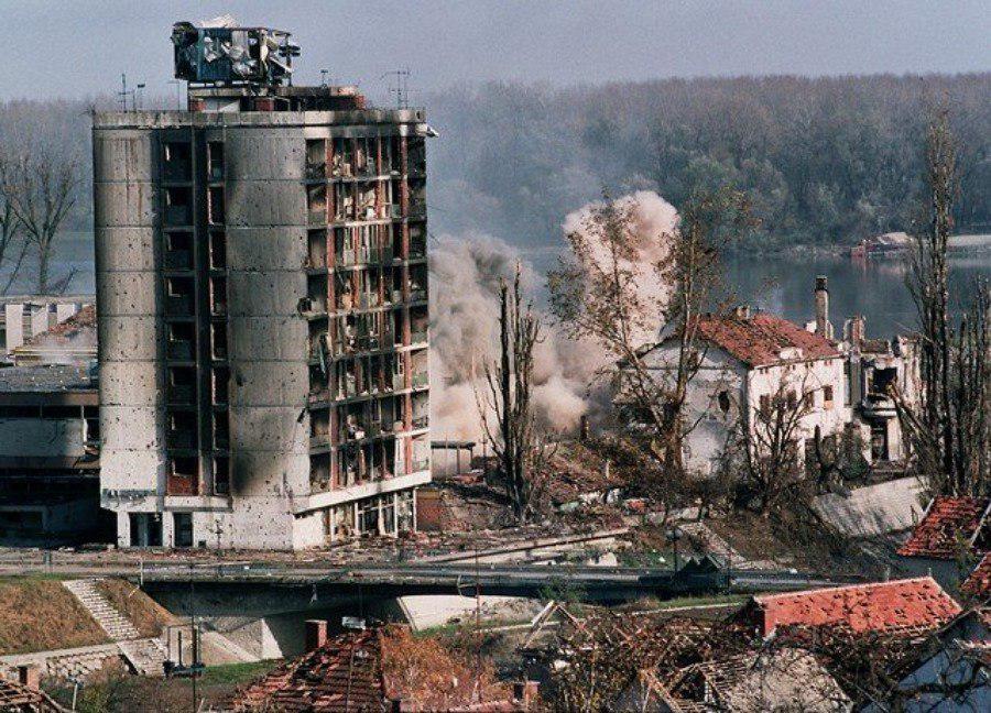 России угрожает повторение судьбы Югославии