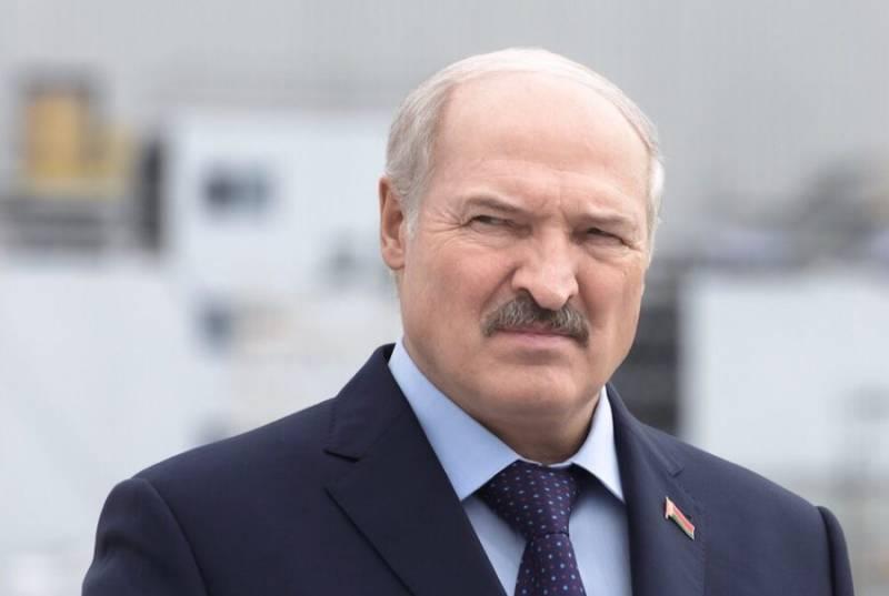 Лукашенко: Россияне - это наши люди, но от них сейчас мало что зависит