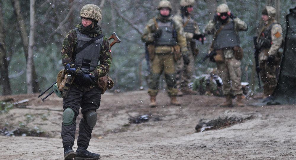 Морпехи ВСУ обстреляли спецназ ВСУ