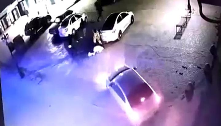 Видео расправы над криминальным авторитетом, расстрелянным у бара в Оренбургской области