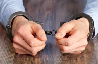Раскрывший коррупцию в ФСБ чиновник осужден на 4,5 года