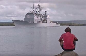 Китай не пустил американские корабли в порт Гонконга
