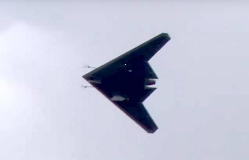 Минобороны РФ опубликовало видео первого полета ударного БПЛА «Охотник»