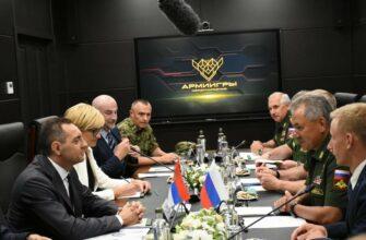 Белград пригласил Сергея Шойгу оценить боеготовность сербской армии