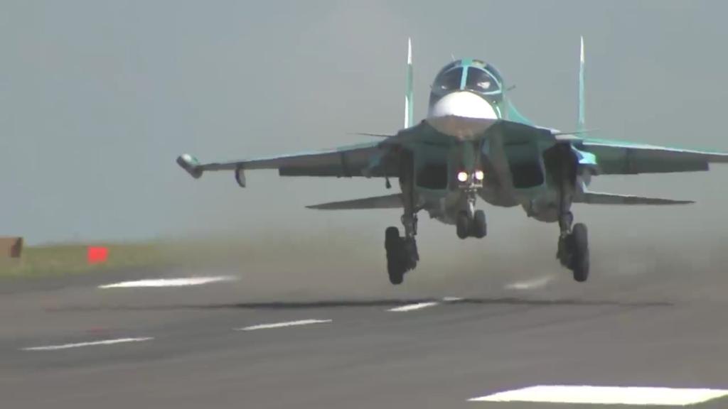 Новосибирский авиазавод передал ВКС РФ два очередных бомбардировщика Су-34