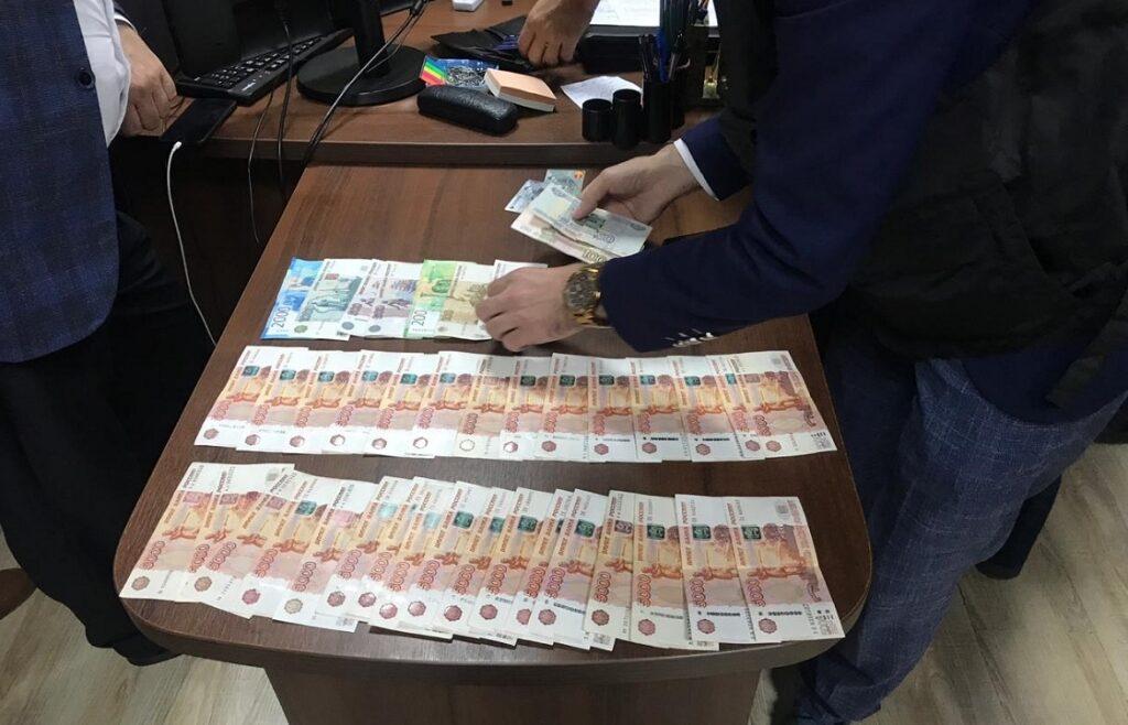 Арест Ялтинской ОПГ во главе с начальником отдела по вопросам гражданства УМВД Ялты
