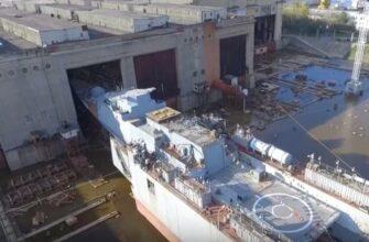 Второй серийный корвет проекта 20380 спущен на воду на Амурском ССЗ