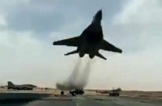 Экстремальное снижение самолёта МиГ-29 ВВС Алжира
