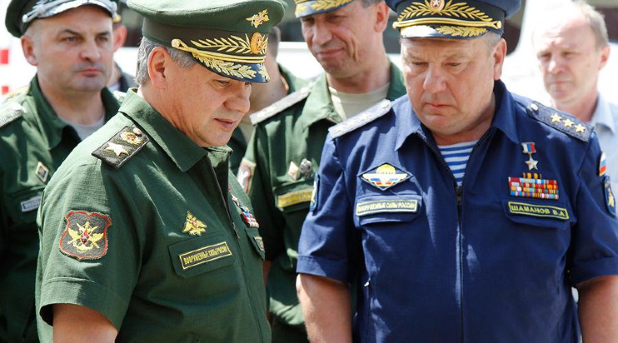 И Шойгу и Шаманов недовольны Дмитрием Медведевым