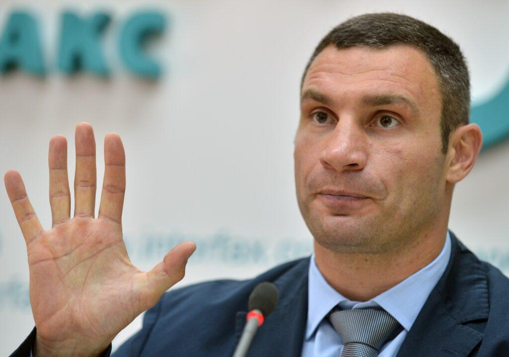 На гения афоризмов Кличко завели уголовное дело по факту воровства и госизмены