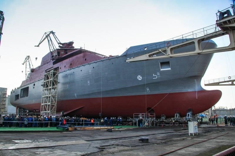 "На заводе ""Янтарь"" спущено на воду аварийно-спасательное судно ""Воевода"" проекта 23700"