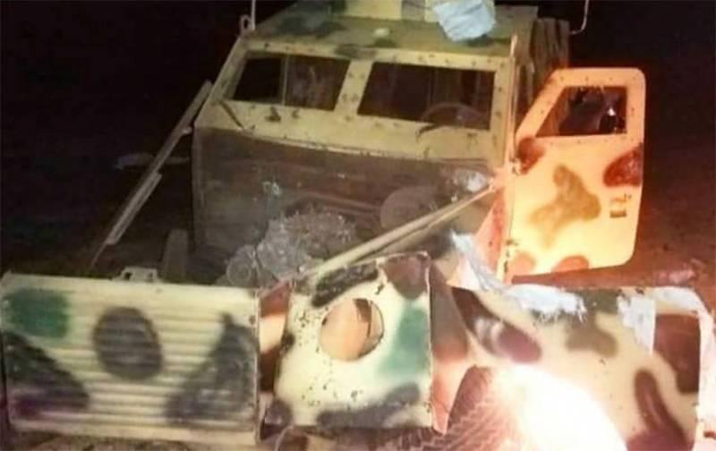 Мощный взрыв прогремел на пути турецкой военной колонны на севере Сирии