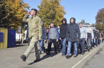 """В Незалежной в ВСУ призывают """"по стандартам НАТО"""""""