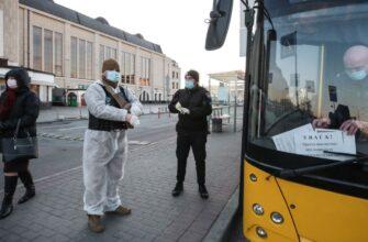 Избитые пассажиры, проданные в Испанию маски и нацистские патрули – чем еще удивит мир Украина?