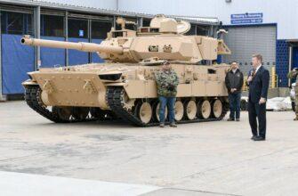 В США публично показали опытные экземпляры «лёгких танков»