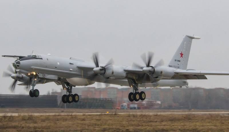 Противолодочные самолёты Ту-142М3 ТОФ отработали поиск подлодки в Охотском море