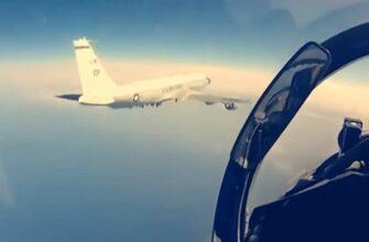 «Американцев вообще могли бы сбивать» - лётчик-испытатель об обвинениях пилотов Су-35 со стороны США