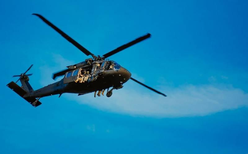 Боевые вертолёты над Вашингтоном, в город введены десантники и 1-я пехотная дивизия