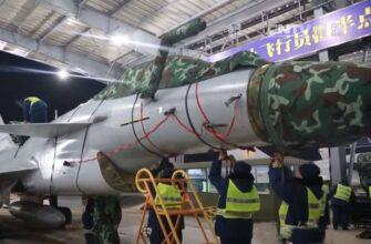 В Китае решили сравнить истребители Су-35 и J-10C в тренировочном воздушном бою