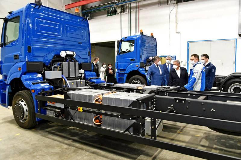 Первые фото: КАМАЗ ведет работы по созданию электрического грузовика