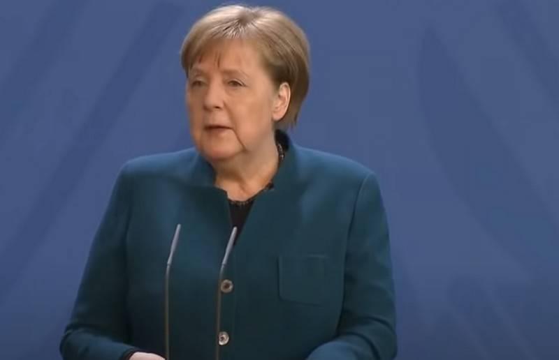 Меркель призвала Европу задуматься о будущем без мирового лидерства США