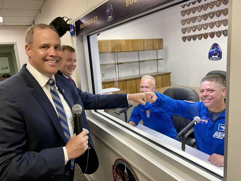 Зарубежная пресса о корабле Crew Dragon, убытках России и конкурентах NASA