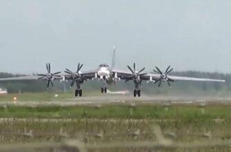 Истребители F-22 ВВС США поднялись на перехват российских ракетоносцев