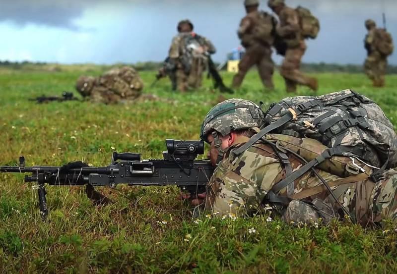 Десантники США осуществили массовую высадку на Гуаме