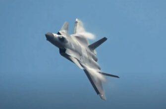 Почему маневренность не главное для истребителя нового поколения - объяснил конструктор китайского J-20