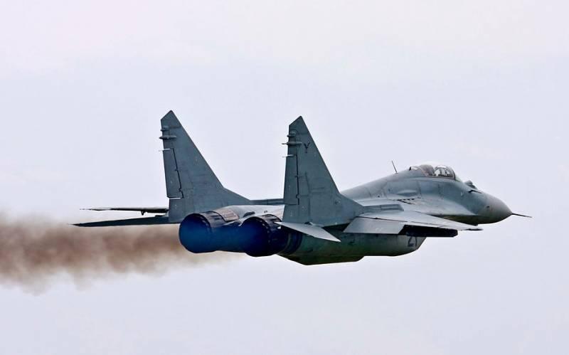 «Ливийский поход» Эрдогана: неизвестные Су-24 и МиГ-29 бомбят окопавшихся турок