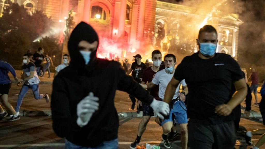 В протестах в Сербии заподозрен иностранный след
