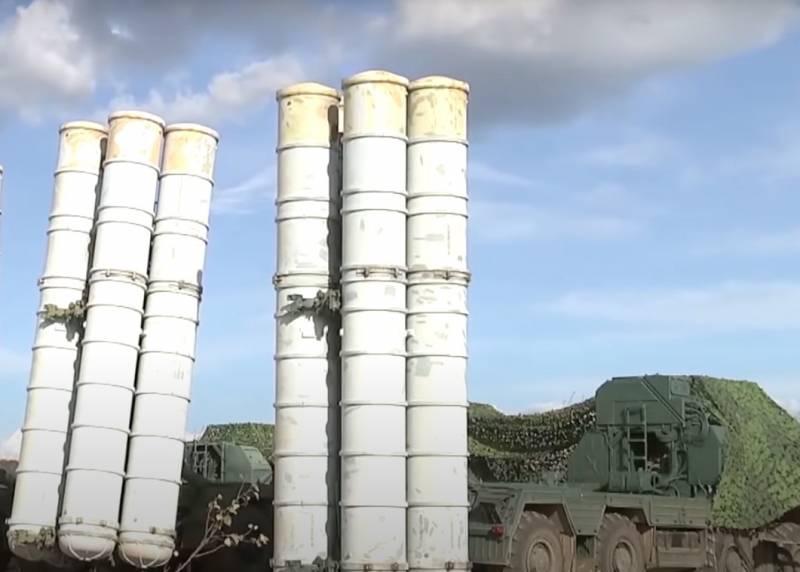 С-300 в Греции: против кого собирались использовать российские ЗРК
