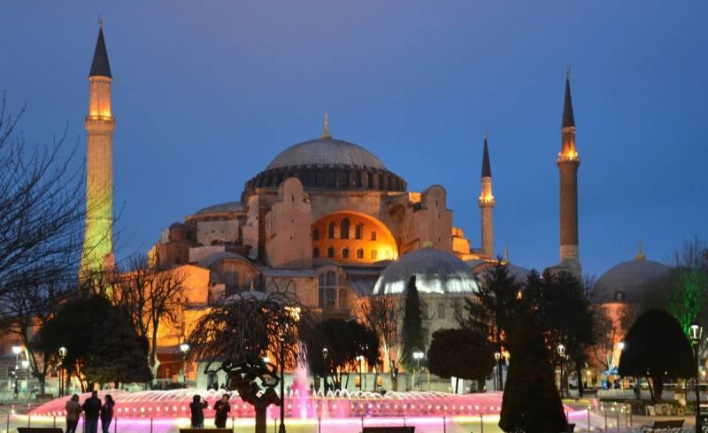 «Обнуление» Турции: что означает превращение собора Святой Софии в мечеть