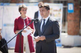 Запрещает армии защищать Украину: у Порошенко выступили против Зеленского и мира на Донбассе