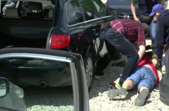 Видео задержания подозреваемых в попытке похищения лидера донбасского ополчения