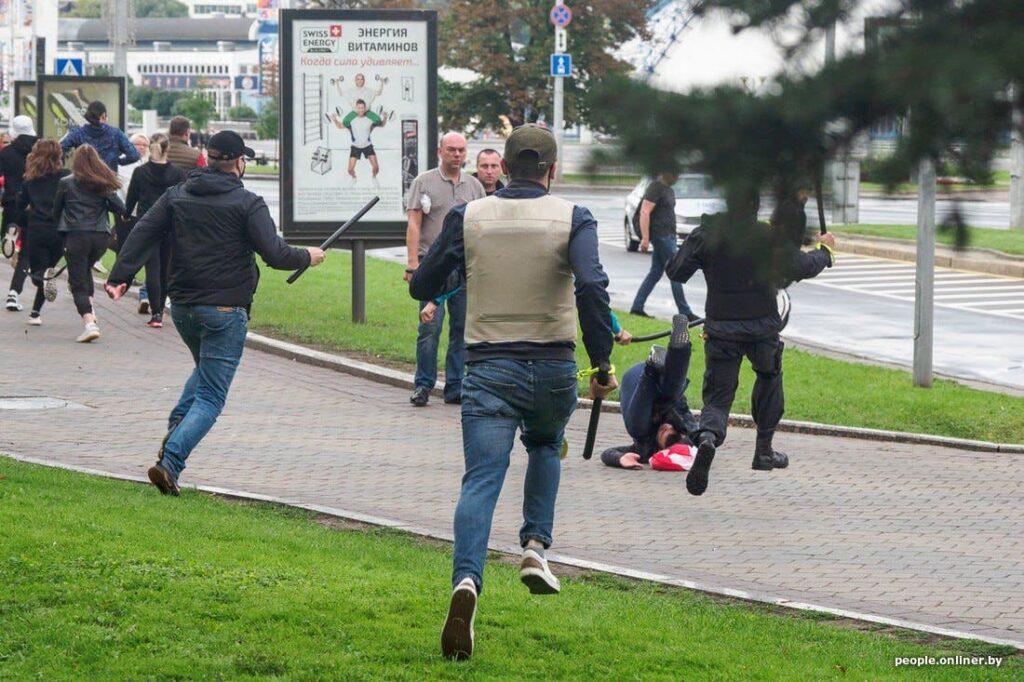 """""""Белорусские титушки"""" работают не в пользу режима"""