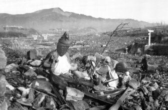 Япония переложила вину за трагедию Хиросимы и Нагасаки на СССР